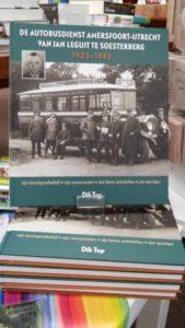 Boek van Dik Top bij de Cornershop